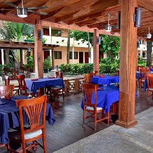 Caribbean Culture, Lifestyle, Belize, Restaurant, Biltmore Bistro, Best Western
